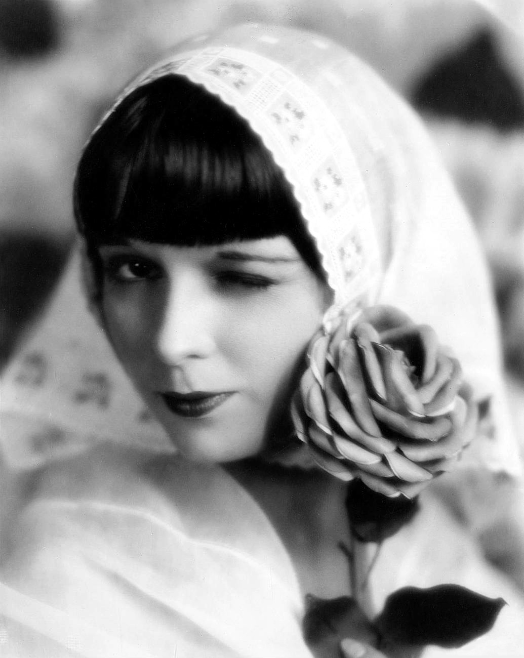 Louise Brooks Visual Female
