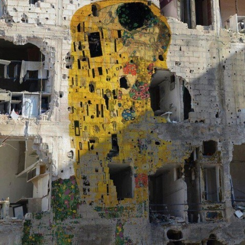 gustav_klimt_the_kiss_syria
